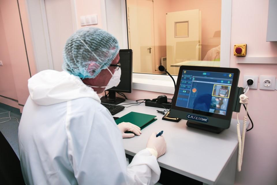 В Новосибирске уже более 10 тысяч случаев заболевания COVID-19.
