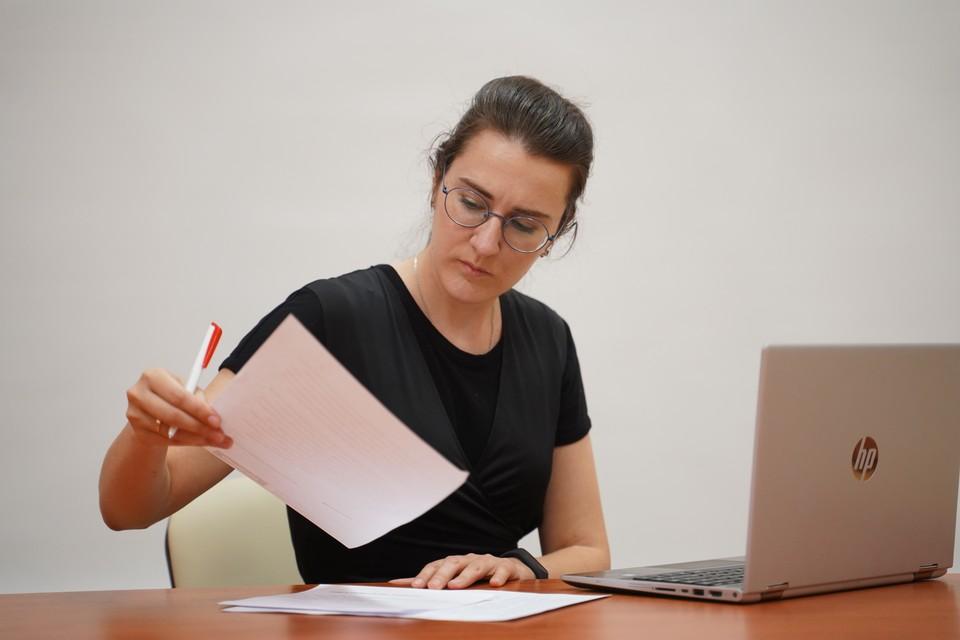 Жители ДНР в местных ЗАГСах могут получить документы с печатями ЛНР