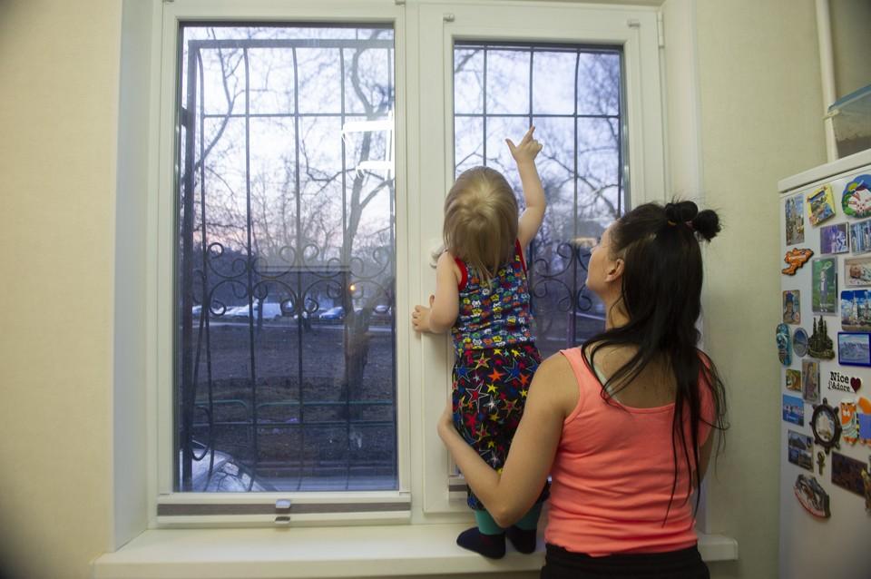 Маленьких деток лучше ни на миг не оставлять без присмотра