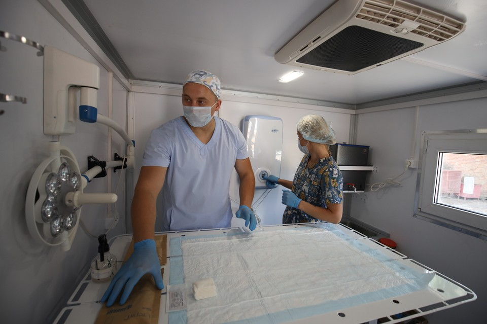 На Кубань приехала машина для стерилизации бездомных животных.