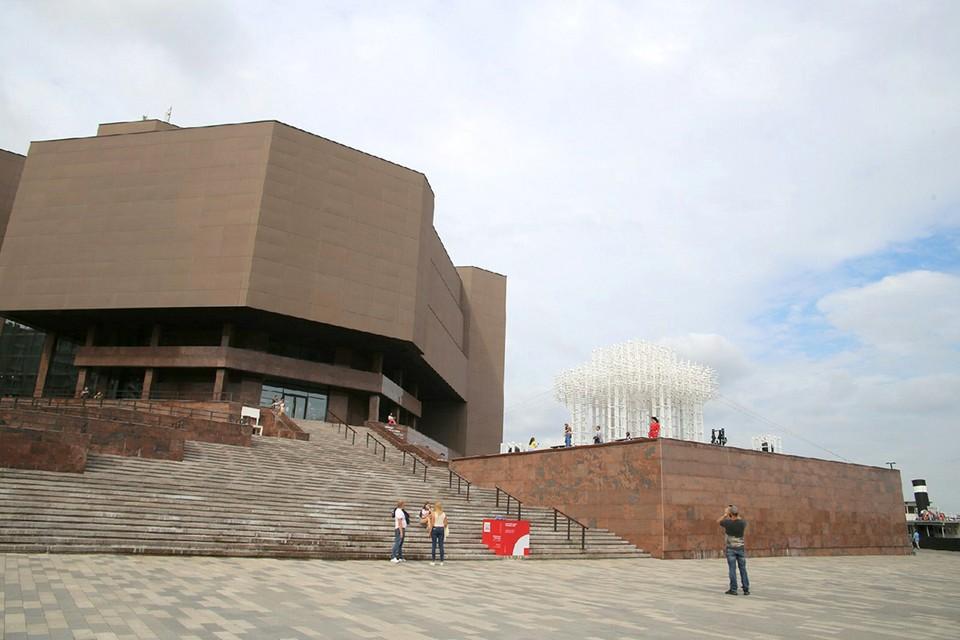 С сегодняшнего дня открывается музей «Площадь Мира»
