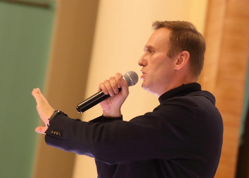 Госпитализированного в Омске Навального подключили к искусственной вентиляции легких