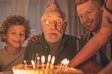Поздравления с днем рождения дедушке: красивые стихи и проза