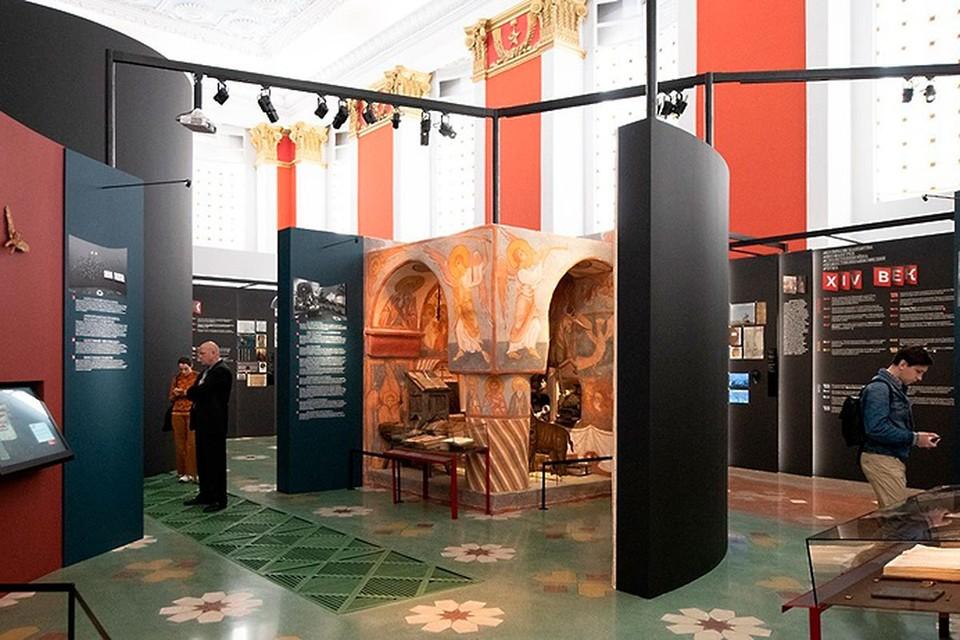 В Москве вновь открываются выставки.