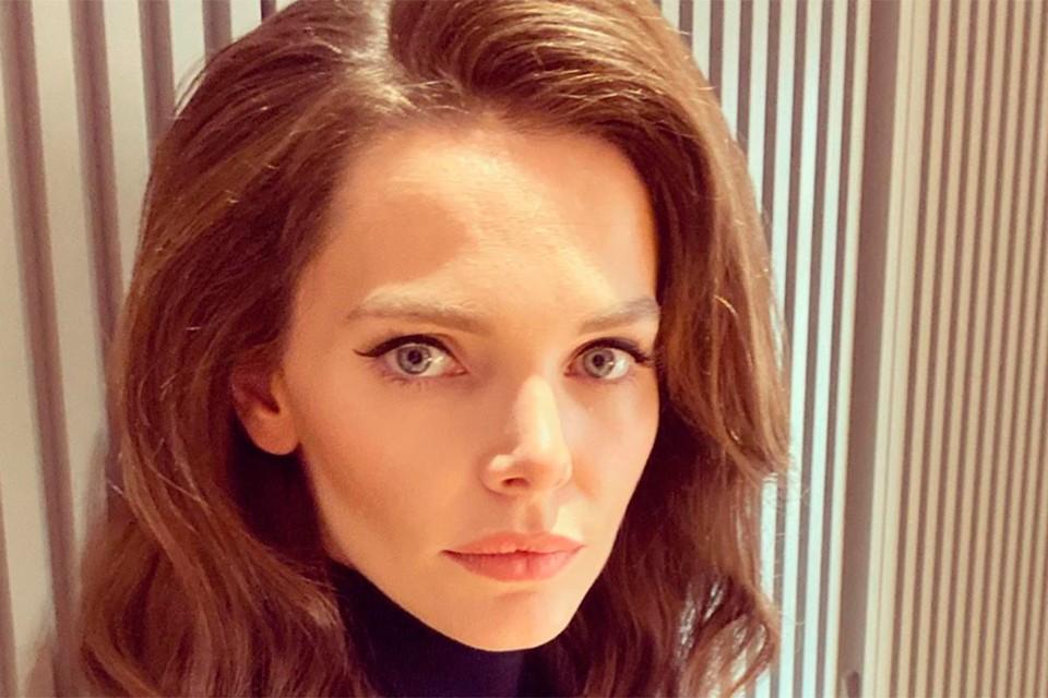 Елизавета Боярская появится на сцене уже 21 сентября в спектакле «Три сестры».
