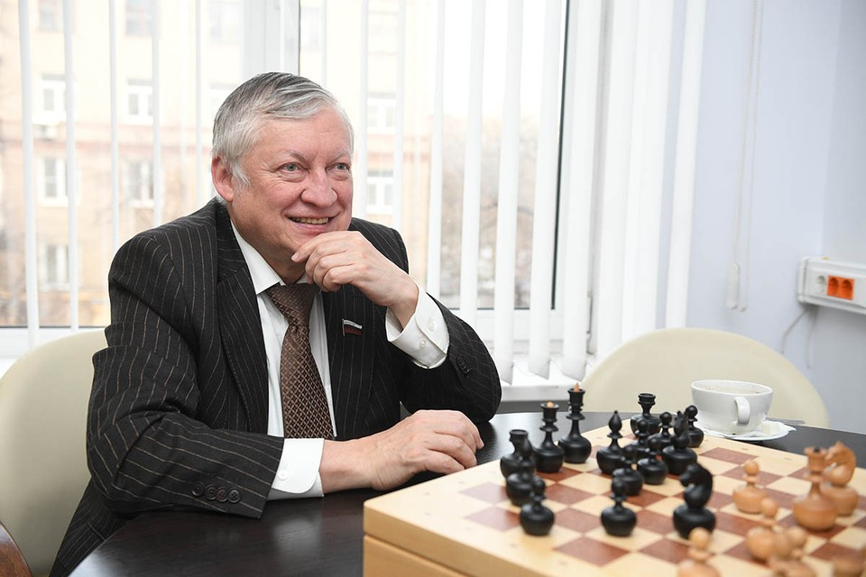 Легендарный шахматист дал эксклюзивное интервью «КП»