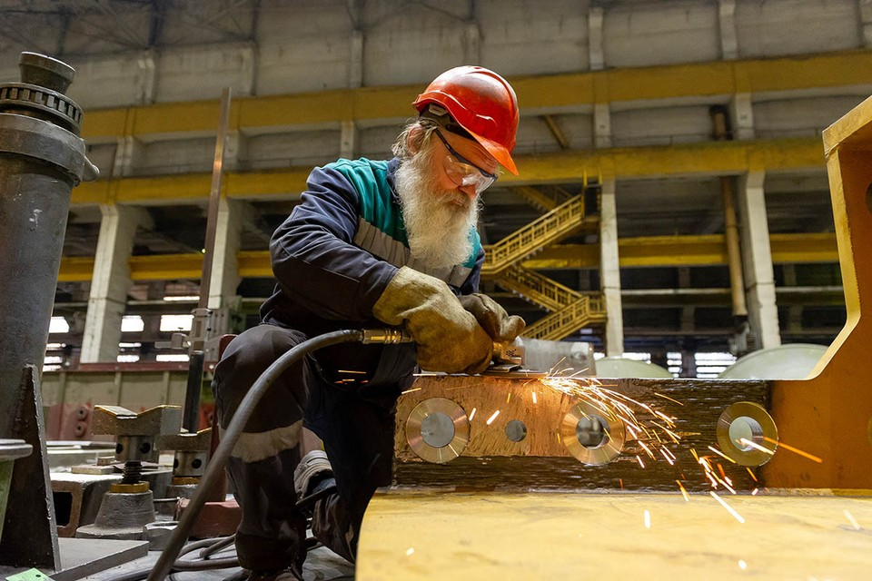 Хотят работать, много не просят: в России резко возросло число пенсионеров, ищущих вакансии