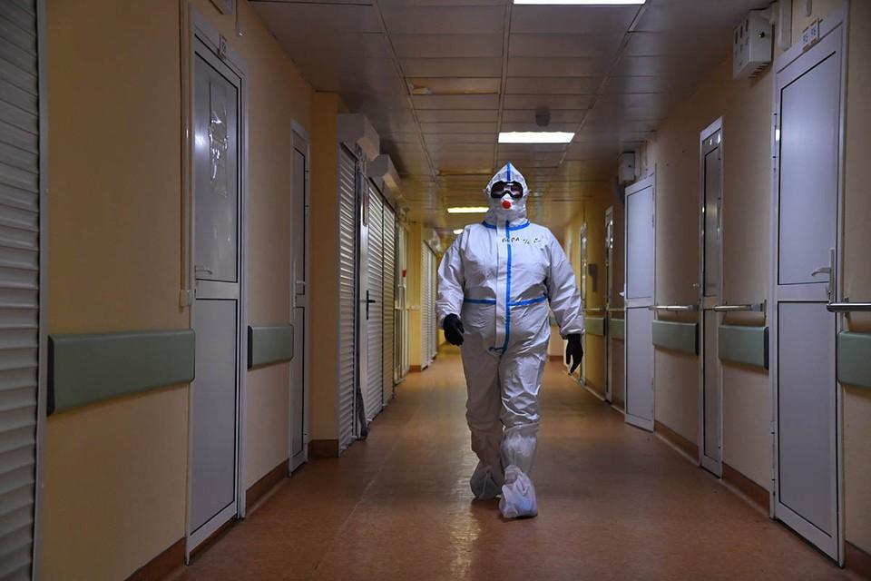 Зарубежные эксперты говорят, что выделение вируса может продолжаться вплоть до 90 дней.