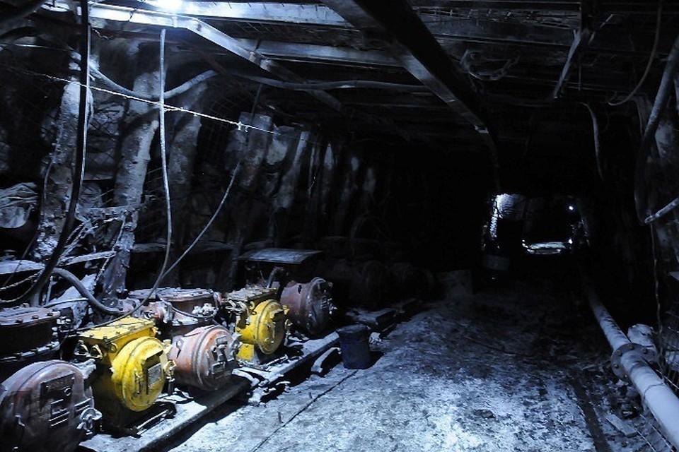 Семьям погибших при обрушении на кузбасской шахте выплатят по 2,3 миллиона рублей