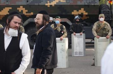 Песни, танцы, блокировка фур. Число хасидов на границе Беларуси и Украины может превысить тысячу