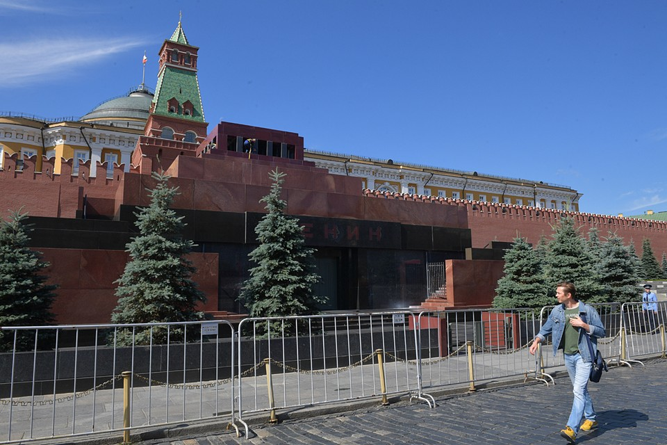 Дэвид Датуна не только хочет построить мавзолей. Он заявил о намерении выкупить тело Ленина и разместить его в Вашингтоне