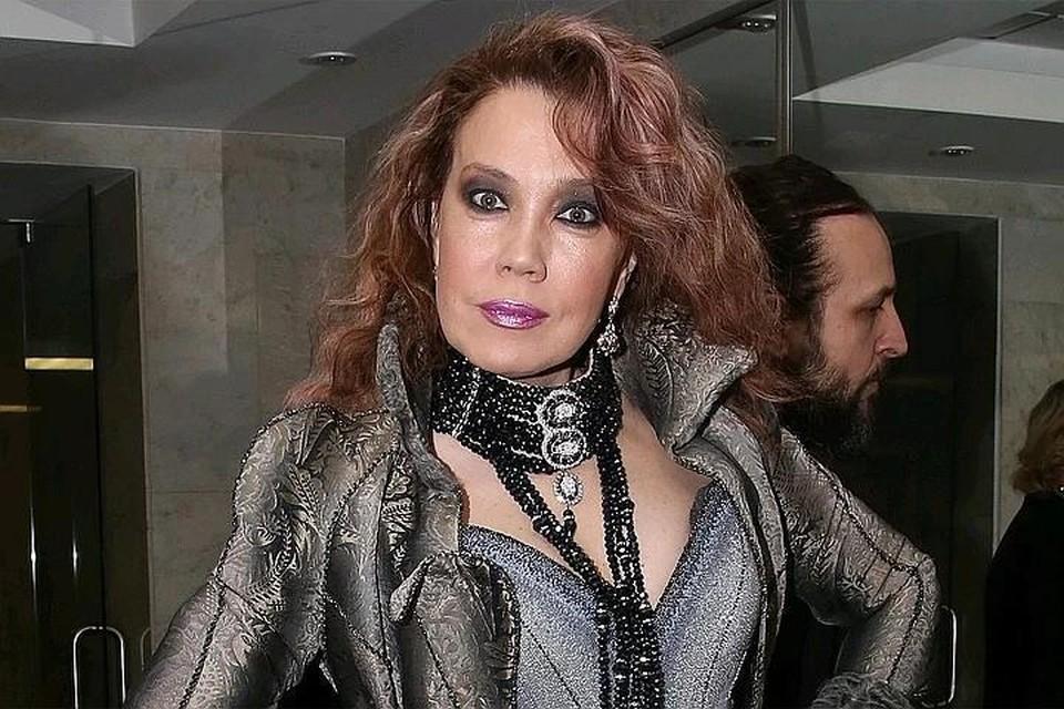 Певица Азиза опровергла слухи, что ее возлюбленный мог убить Талькова