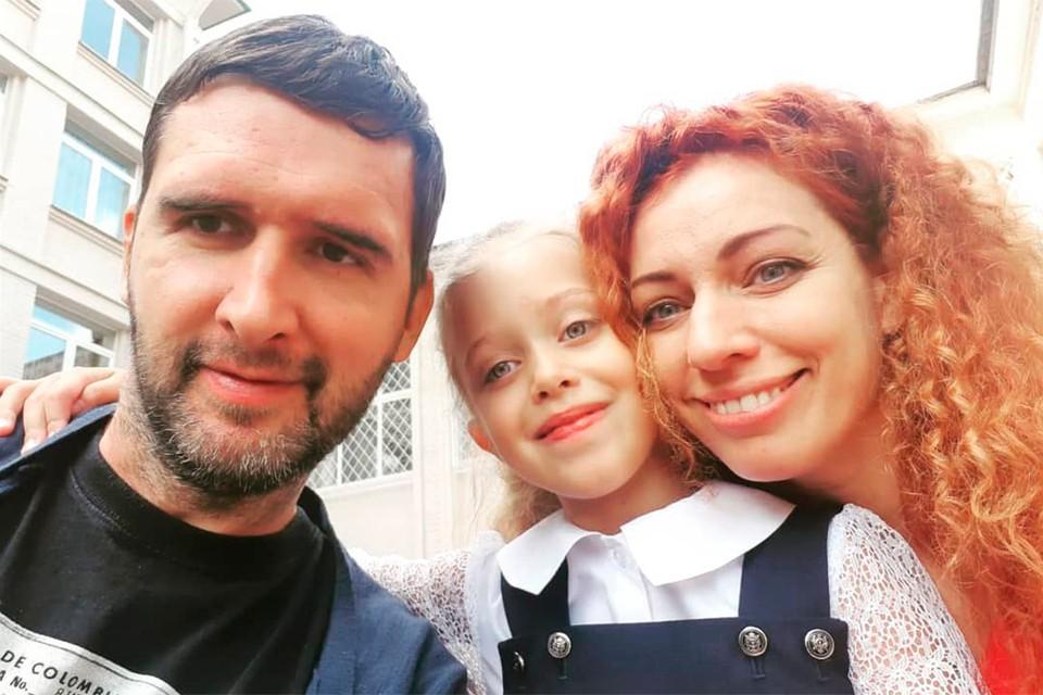 У Юлии и Антона теперь две дочки!