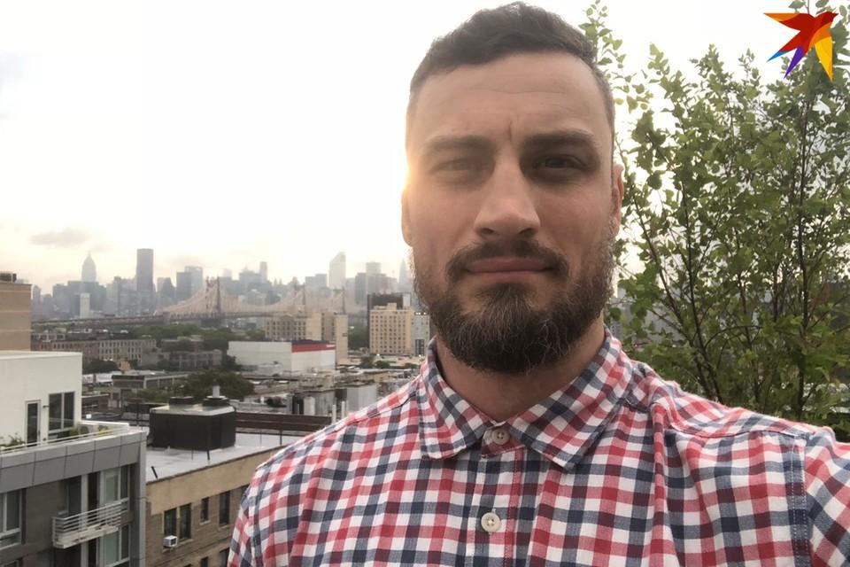 36-летний белорус Павел Кулаженко отслужил в витебском ОМОНе 5 лет после службы в спецназе внутренних войск.