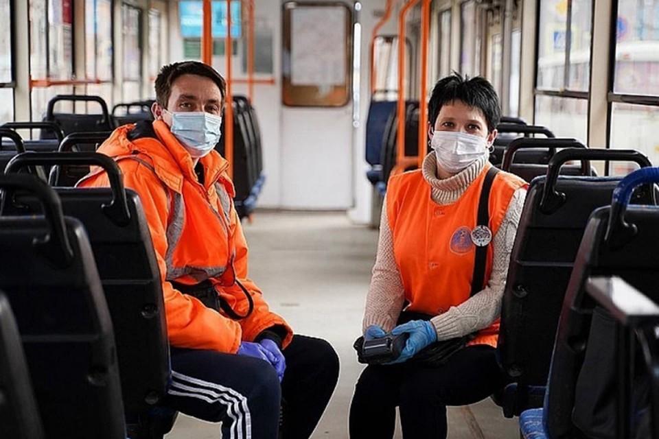 Масочный режим в Нижнем Новгороде 2020 года: нижегородцев обязали носить маски в общественном транспорте.