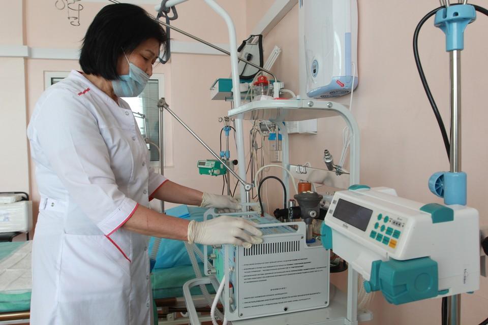 В случае второй волны пандемии, в регионе имеется достаточное количество койко-мест для больных и аппаратов ИВЛ.