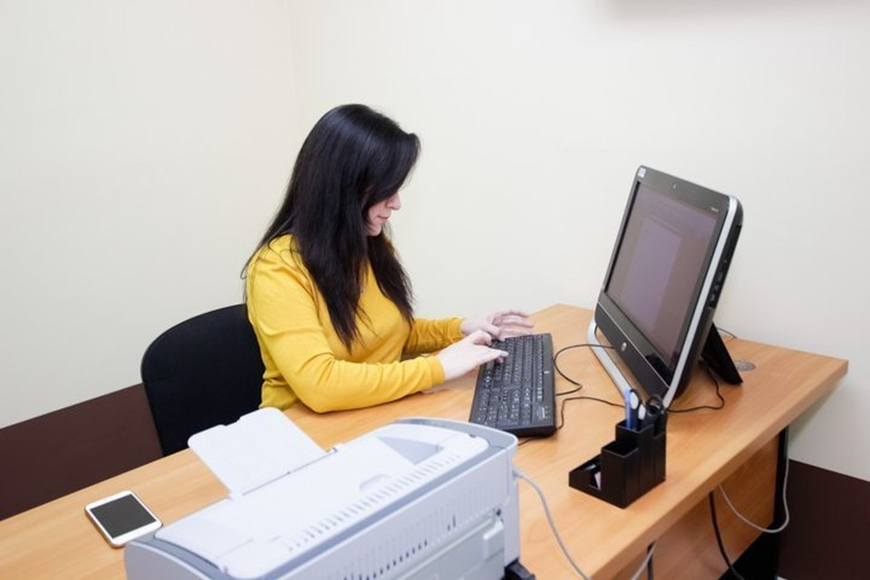 Специалисты колл-центра по вопросам COVID-19 за полгода работы помогли свыше 100 тыс. жителей Пермского края.