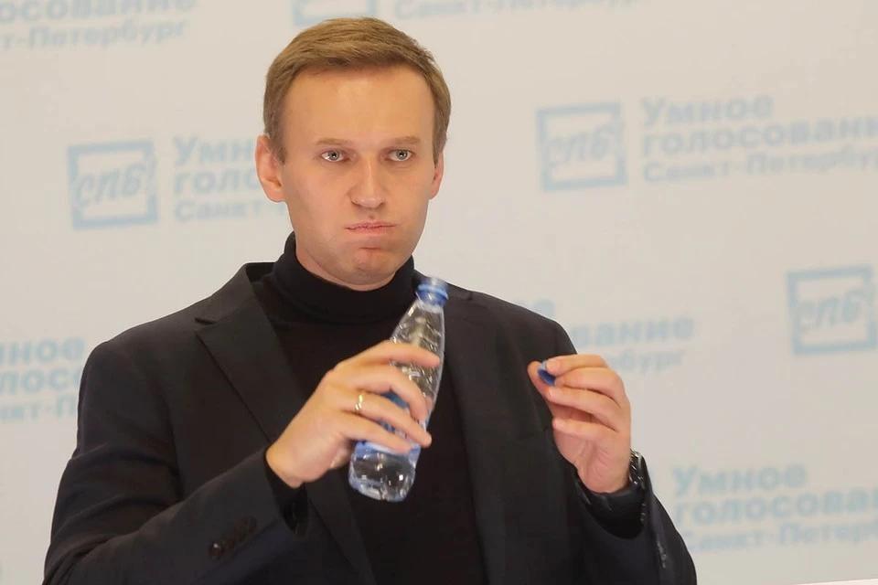 Приставы арестовали квартиру Алексея Навального