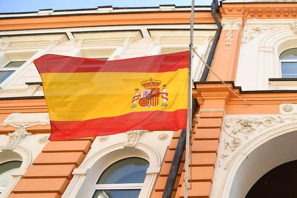 Шесть человек пострадали на акции против карантинных мер в Мадриде