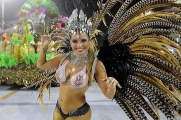 Бразилия отменила традиционный карнавал из-за коронавируса