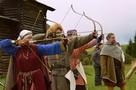 Шуты, лучники, девушки-рыцари: коронавирус не помешал Большим маневрам на Хохловских холмах