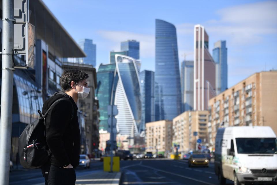 За последние сутки в России из больниц по выздоровлению от коронавирусной инфекции выписано 6 479 человек