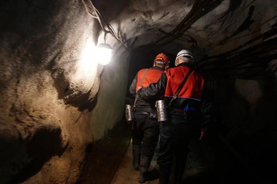 Два человека погибли при обрушении шахты в Коми