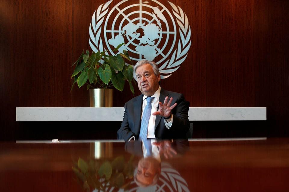 Генеральный секретарь ООН Антониу Гуттериш назвал количество жертв коронавируса ошеломляющим.
