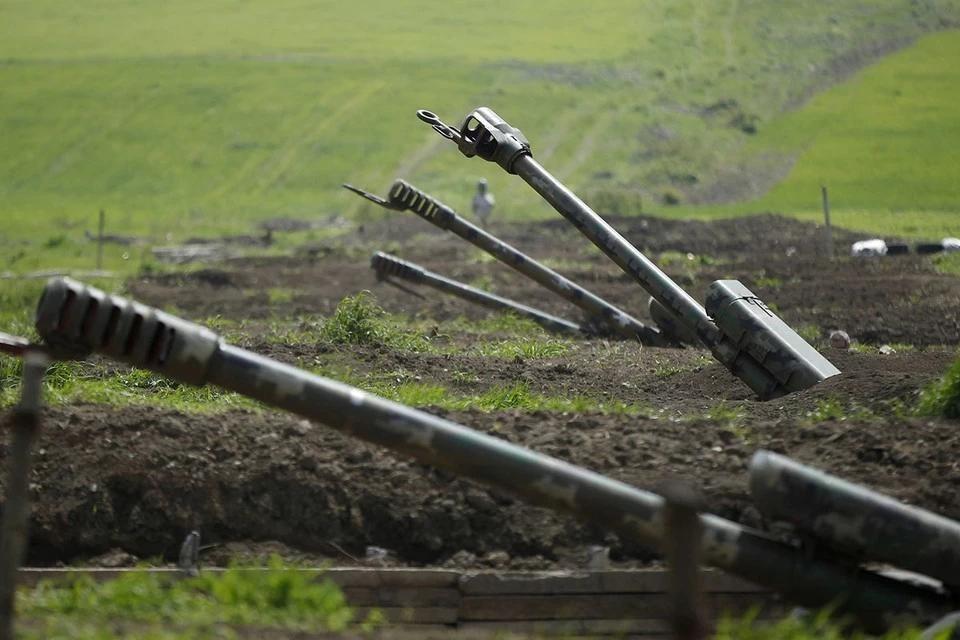 Азербайджан опроверг сообщения о сбитых самолете и вертолете