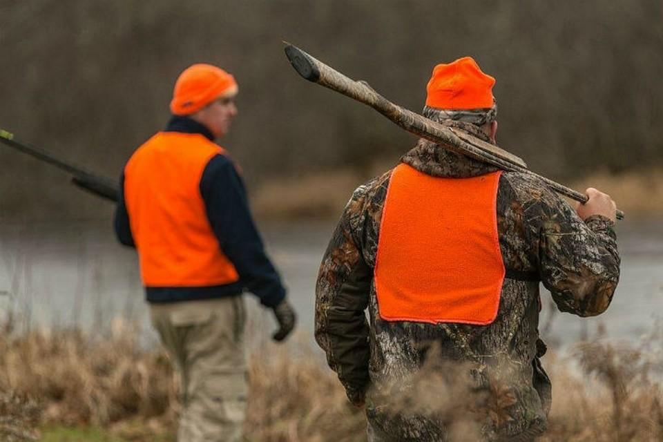 Охотникам рекомендуют носить специальную сигнальную одежду повышенной видимости