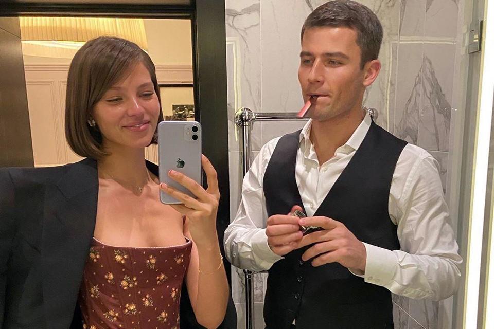 Самая скандальная модель страны: дочь Евгения Кафельникова работает в Париже и живет с женихом Светланы Ходченковой