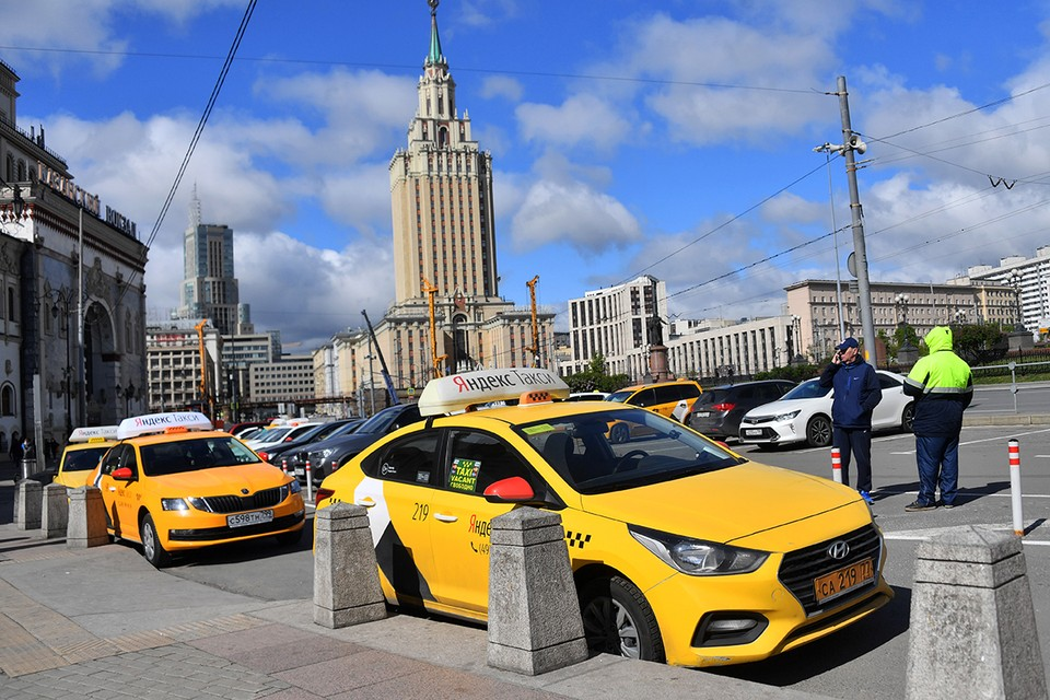 Правительство утвердило новые правила пассажирских перевозок на автомобильном и городском электротранспорте.