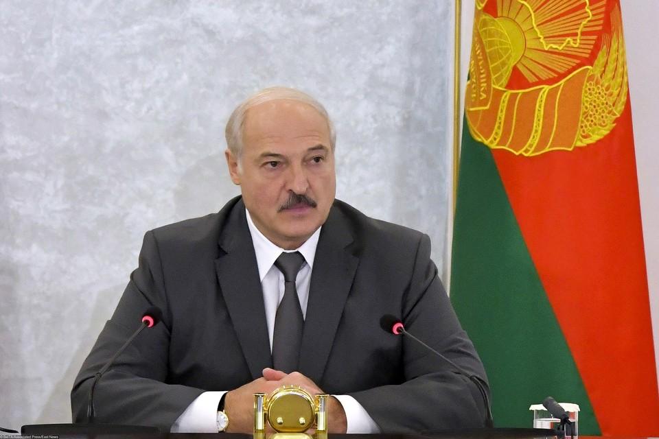 В пятницу, 9 октября, Александр Лукашенко провел совещание по актуальным вопросам.