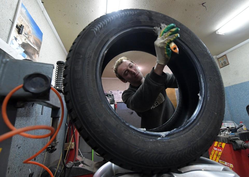 Прибыль с первым снегом и отлетевшие колеса у «Ягуара»: как не покалечить свой автомобиль в челябинских мастерских