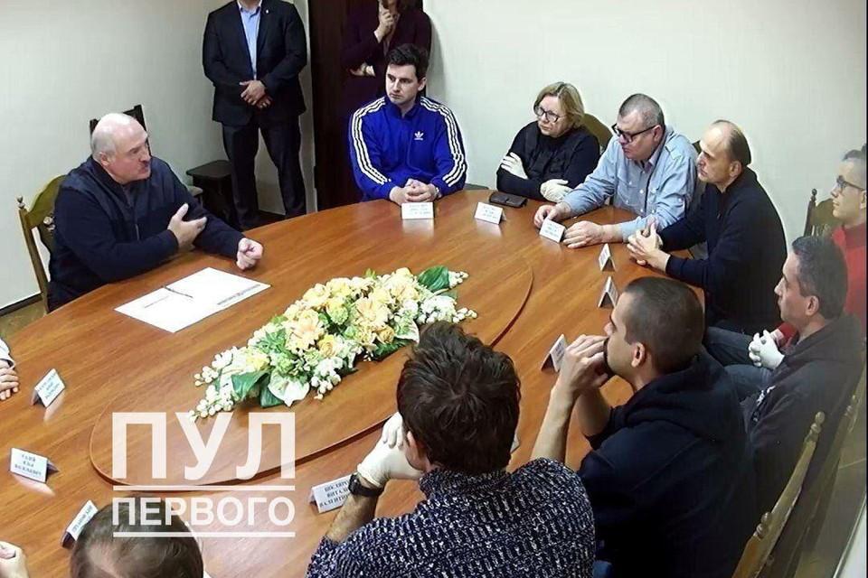 По мнению политолога, протесты вынудили власть искать варианты диалога. Фото: Пул Первого