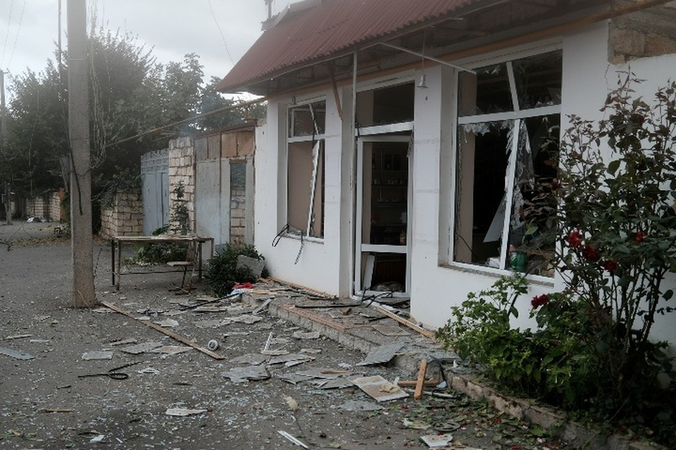 В Ереване заявили, что бои в Карабахе шли в течение дня на всей линии соприкосновения