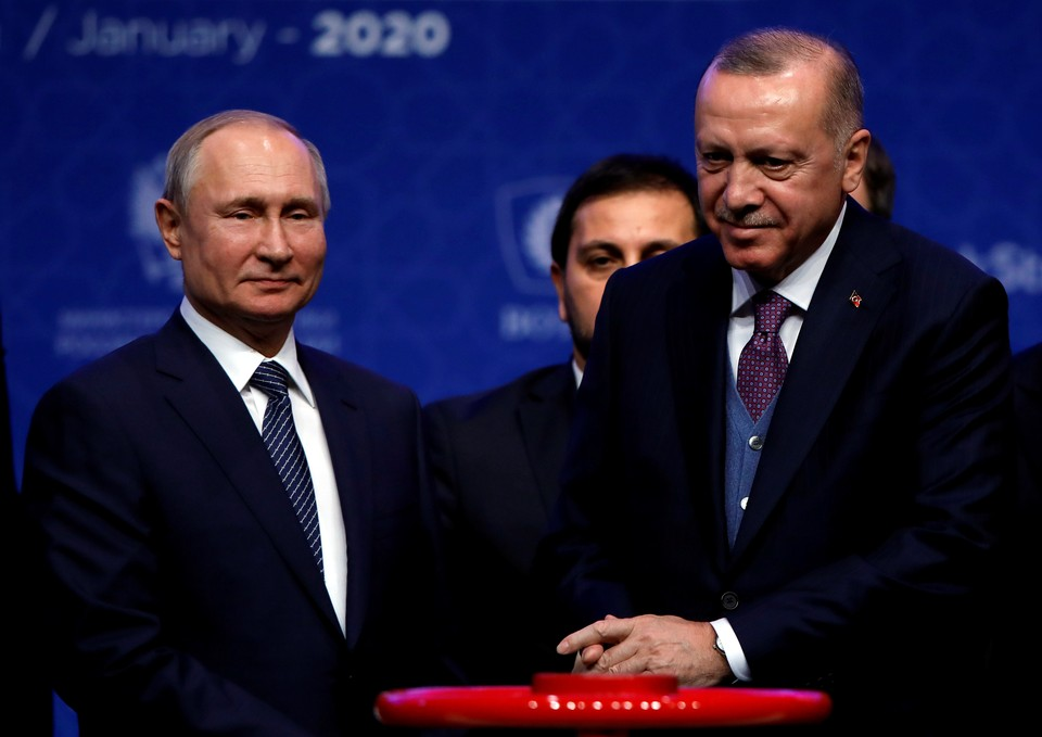 Путин обсудил с Эрдоганом конфликт в Карабахе