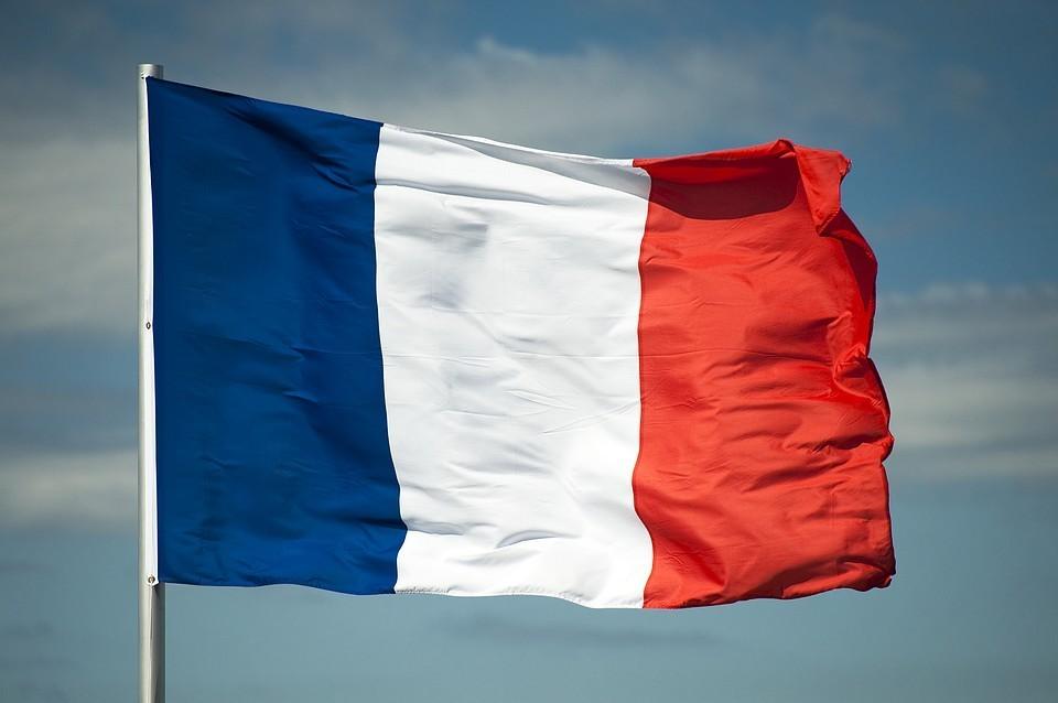Во Франции за сутки выявили более 30 тысяч новых случая коронавируса