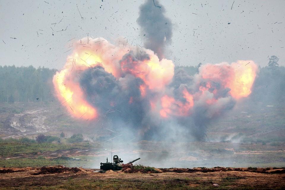Численность и структура Вооруженных Сил установлена Верховным Главнокомандующим и определена исходя из обеспечения безопасности государства