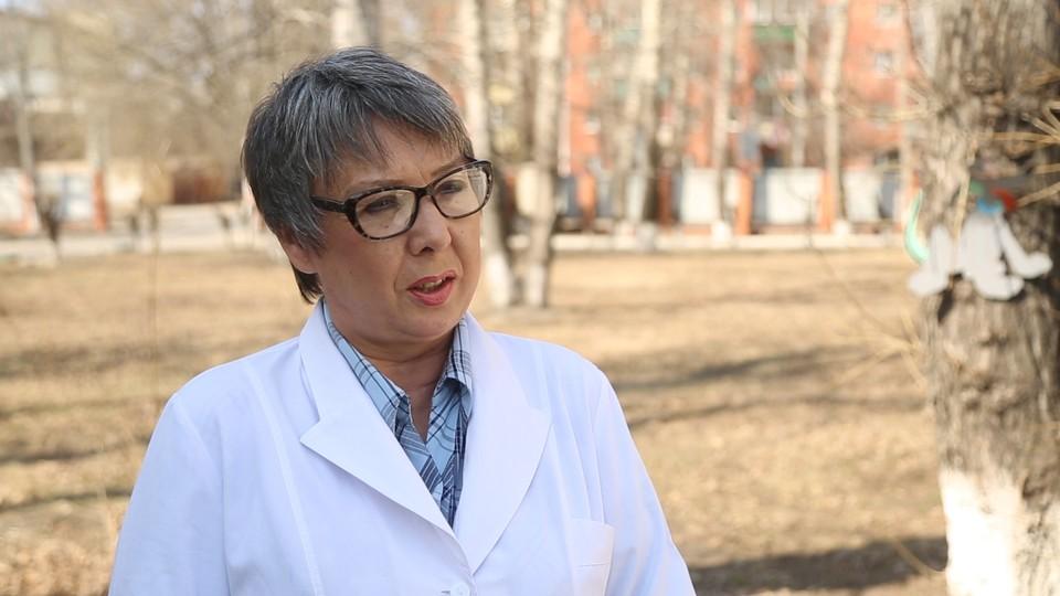 Медикаментозная профилактика нужна тем, кто работает в зонах риска, говорит врач. Фото: правительство Амурской области