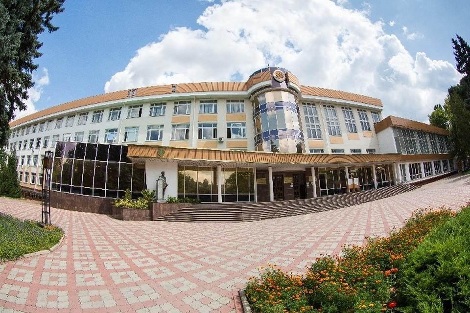 В Крымском федеральном университете уже начали заниматься оптимизацией технологий, чтобы снизить затраты на производство станции. Фото: Пресс-служба КФУ им. Вернадского