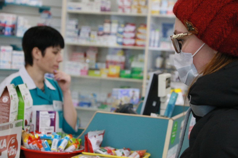 Жители жалуются на нехватку лекарств.