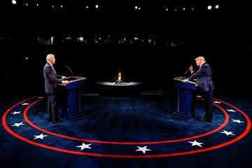 Аты-баты, шли дебаты: кто из кандидатов в президенты США допустил больше ошибок