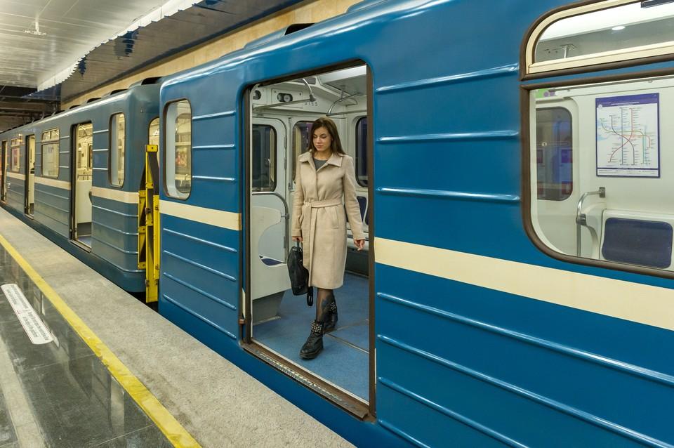 До конца года в Петербурге появятся новые вагоны метро.