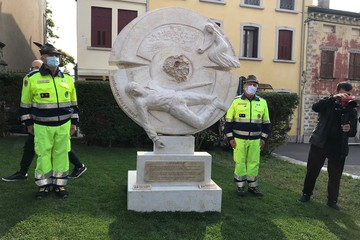 В Италии поставили памятник Красному дьяволу – советскому партизану, ставшему национальным героем
