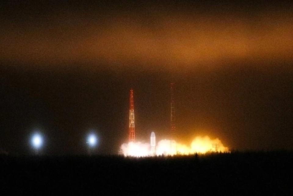 Ракета-носитель «Союз-2.1б» со спутником «Глонасс-К» стартовала в штатном режиме. Фото: Сергей Медведев/ТАСС