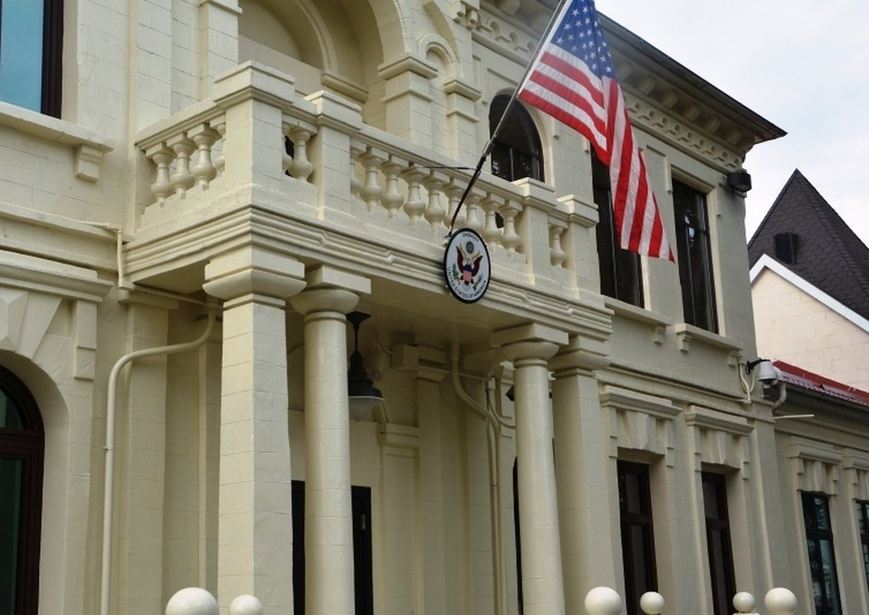 Не доверяя своим молдавским партнерам Дерек Хоган, американский посол в Кишиневе, опытный карьерный дипломат, работавший в Афганистане и Беларуси планомерно разворачивает собственную сеть.