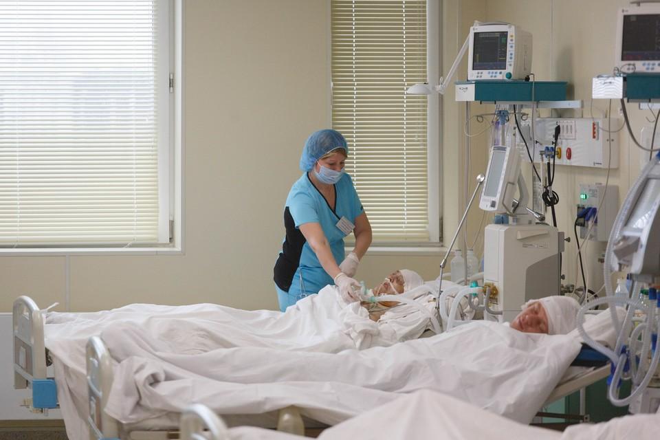 В Петербурге занято 85 процентов коечного фонда для больных коронавирусом