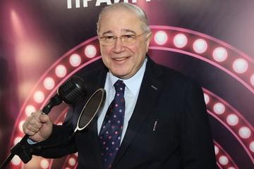 «Чувствую себя хорошо!»: Евгений Петросян посмеялся над сообщением про коронавирус