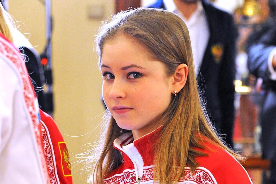 Юлия Липницкая впервые показала, как выглядит ее дочка